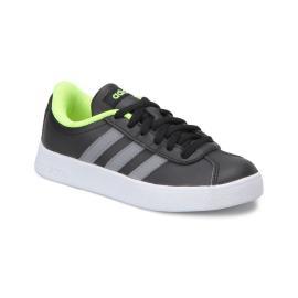 حذاء رياضي للاولاد باللون الاسود والاخضر من ماركة اديداس