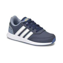 حذاء رياضي للاولاد باللون الكحلي و الفضي من ماركة اديداس