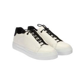 سنيكر - حذاء نسائي بلون البياض النقي