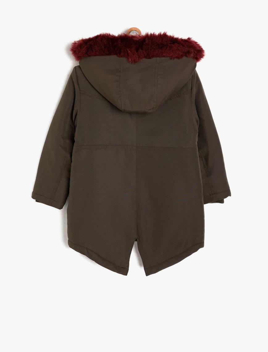معطف الفراء عسكري اللون ماركة KOTON
