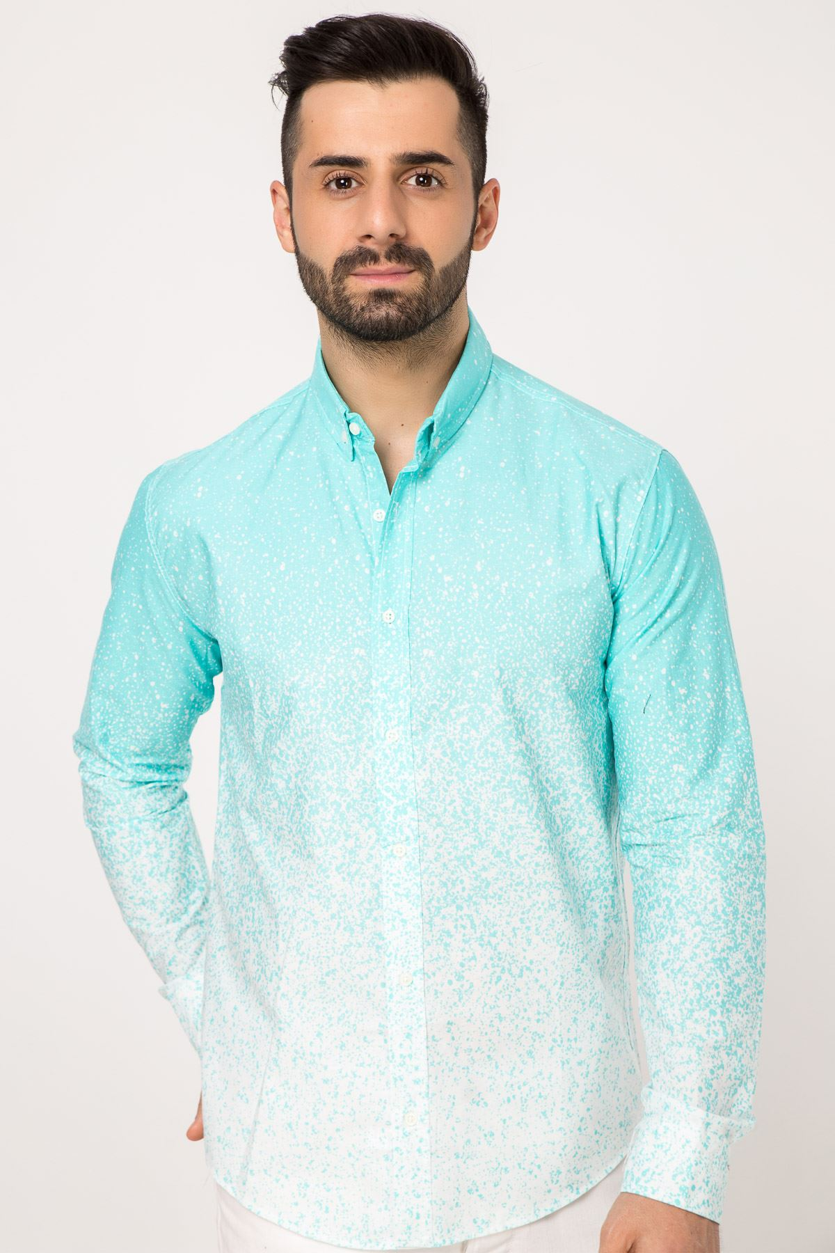 قميص منقوش لون اخضر فاتح