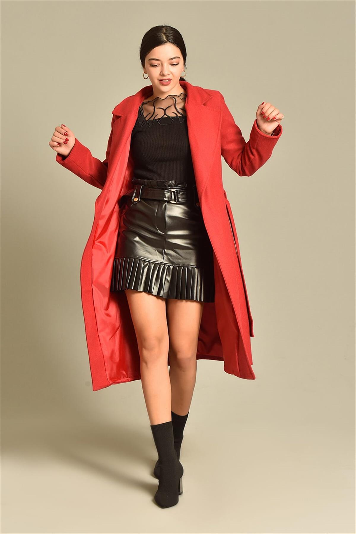 معطف طويل قطني لون احمر صنع في تركيا